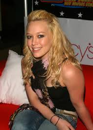 Lizzie Mcguire Halloween by Hilary Duff Still Loves U0027lizzie Mcguire U0027 U0026 She Obviously Wants The