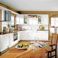 cuisines blanches et bois cuisine blanche et bois le mariage parfait ideeco