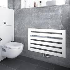 zehnder metropolitan bar badheizkörper für warmwasserbetrieb weiß 447 watt montage unter fenster