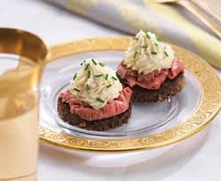 beef canape recipes horseradish mousse topped beef canapés recipe 22147 foodgeeks