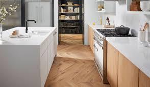arbeitsplatten aus weißem quarz my kitchen magazin