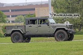 Jeep Scrambler Pickup Truck (JT) Spy Pics And Videos!   Jeep ...