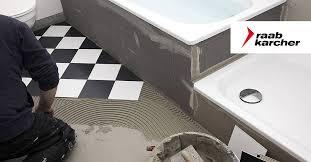 badezimmer renovieren wie sie fliesen entfernen und erneuern