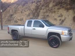 100 33 Inch Truck Tires SilveradoSierracom Tires With RC 35 Lift Suspension