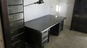 bureau industriel metal bureau metal industriel fabulous desk in metal and black