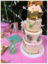 Adventures In Cake Decorating by 10 Must See Alice In Wonderland Cakes Catch My Party