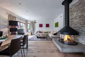 modernes landhaus mit drei einheiten im oberndorf alpine