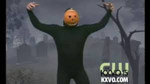 The Pumpkin Man Dances To Thriller