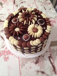 Cake Decoration Ideas With Gems by Chocolate Flowers Cake Decoration Chocolate Flowers Beautiful