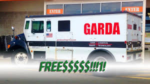 100 Garda Trucks People Went Nuts Grabbing Cash That Fell Off A Bank Truck On The Highway