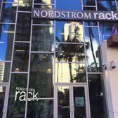 Nordstrom Rack Hyatt Centric Waikiki Beach 93 photos & 26 avis