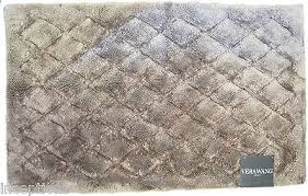 Vera Wang Cotton Blend Bath Rug 21x 34 Diamond Pattern Taupe NEW