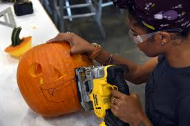 Fells Point Halloween Festival 2015 by Fall Fun 15 Autumn Outings In The Baltimore Area From Foliage To