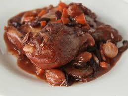 cuisiner un coq mardi jour des raviolis non recette du coq au vin je popote