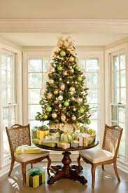 Christmas Tree Bead Garland Ideas by Christmas Tree Decorating Ideas Southern Living