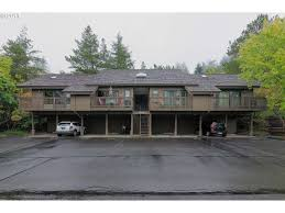7504 SW Barnes Rd Unit A, Portland, OR 97225 | MLS# 17021329 | Redfin Gastenterology Clinic In Portland Gaenterologists 7720 Sw Barnes Rd Portland Sylvan Heights 17396256 4619 Nw Barnes Rd Or 97210 12606 Nw 1 97229 Estimate And Home Investors Trust Realty For Sale Trulia 7726 222h 97225 House For 8470 9555 Medical Office Lease