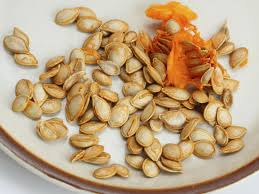 Shelled Pumpkin Seeds Protein by Roasting Pumpkin Seeds U2013 Tips On Separating Pumpkin Seeds From Pulp