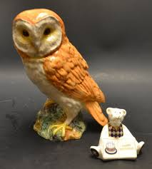 A Royal Crown Derby Happy Birthday Bear; A Beswick Owl (1046) (2) Winter Owl Paperweight Royal Crown Derby Collection Rspb Shop A Large Prestige Edition Paperweight Long Eared The Barn Gift 91papbox62729_07jpg Lot 250 Printed Mark Colctables Exclusive Collections Robin Happy Birthday Bear A Beswick Owl 1046 2 Porcelachina Pottery Porcelain Glass