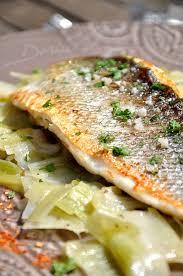 cuisine bar poisson filet de bar cuit sur la peau sauce côtes du rhône la cuisine
