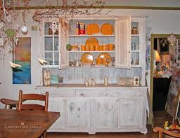 Shabby Chic Dining Room Hutch by 56 Best Hutches Images On Pinterest Amish Country Farm Tables