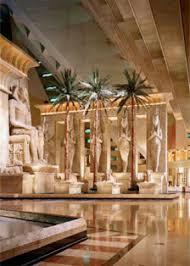 Luxor Casino Front Desk by Las Vegas Hotel Luxor Hotel And Casino