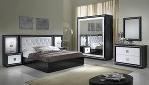 chevet chambre adulte chambre adulte complète design laquée blanche et appoline