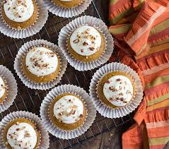 Cake Mix And Pumpkin Puree Muffins by Easy Pumpkin Spice Cupcakes The Blond Cook