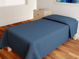 100 Kube Homes Solid Color Kaylor FR Bedspread Bluewater Kaylor Non