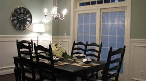 Simple But Pretty Dining Room Color Scheme