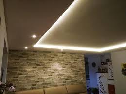 indirekt beleuchtete wohnzimmer decke trockenbau design