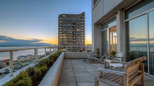 100 Seattle Penthouses Penthouse Unit Real Estate 1 Homes For Sale Zillow