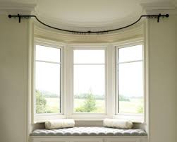 Bendable Curtain Track Bq by Best 25 Bay Window Pole Ideas On Pinterest Bay Window In