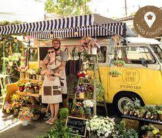 Flower Truck Studio Lily Farmriobr