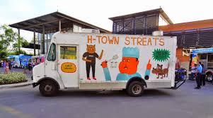 Houston Streetwise: Food Trucks At Montrose HEB
