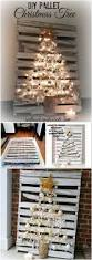 7ft Christmas Tree With Lights by Best 25 Pallet Christmas Tree Ideas On Pinterest Pallet Tree