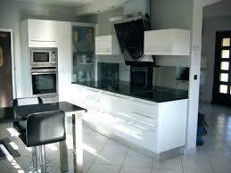cuisine blanche pas cher cuisine noir et blanc laque