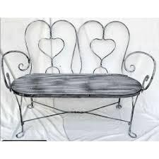le canapé en fer forgé la beauté de meubles aux ambiances multiples