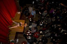 Bathtub Gin Burlesque Time by Find A Burlesque Show At These Great Nyc Nightlife Venues