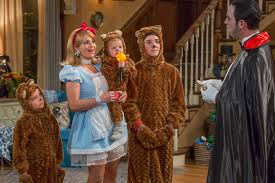 Roseanne Halloween Episodes Dvd by Can U0027fuller House U0027 Save The Sitcom Holiday Episode Decider