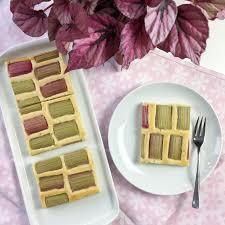 rhabarberkuchen mit vanille quark creme odette kocht