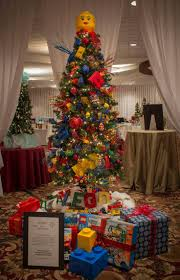 Rotating Color Wheel For Christmas Tree by Image Result For Themed Christmas Tree Lego Christmas