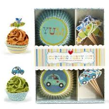 Cupcakes Y Cartwheels Coche De Perro Rocket Cupcake Party Kit 24 Moldes Para Adornos