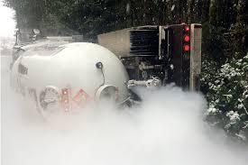 100 Propane Truck Truck Wreck Prompts Road Closure Peninsula Daily News