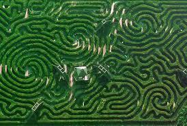 8 Incredible Mazes Around the World