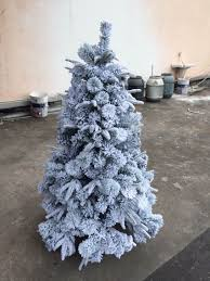 Flocking Powder For Christmas Trees by Flock A Christmas Tree Artificial Christmas Lights Decoration