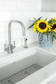 Rohl Fireclay Sink Cleaning by 425 Best Favorite Kitchens Images On Pinterest Kitchen White