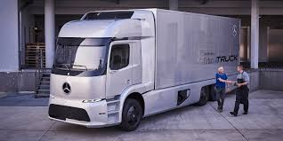 Tesla Semi Will Face Stiff Competition From Mercedes-Benz In ...