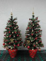 Entryway Christmas Tree Tabletop Fully Decorated Red And Gold 50 Clear Lights 3