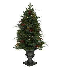 Classic Holiday Christmas Tree