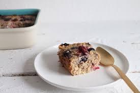 zuckerfreier haferflockenauflauf frühstücksaufauf